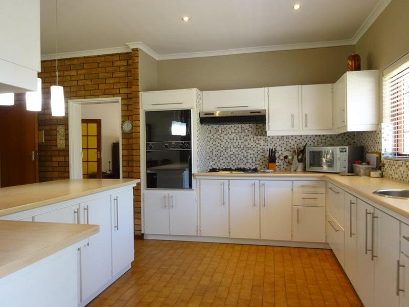 Property For Sale in Durbanville, Durbanville 8