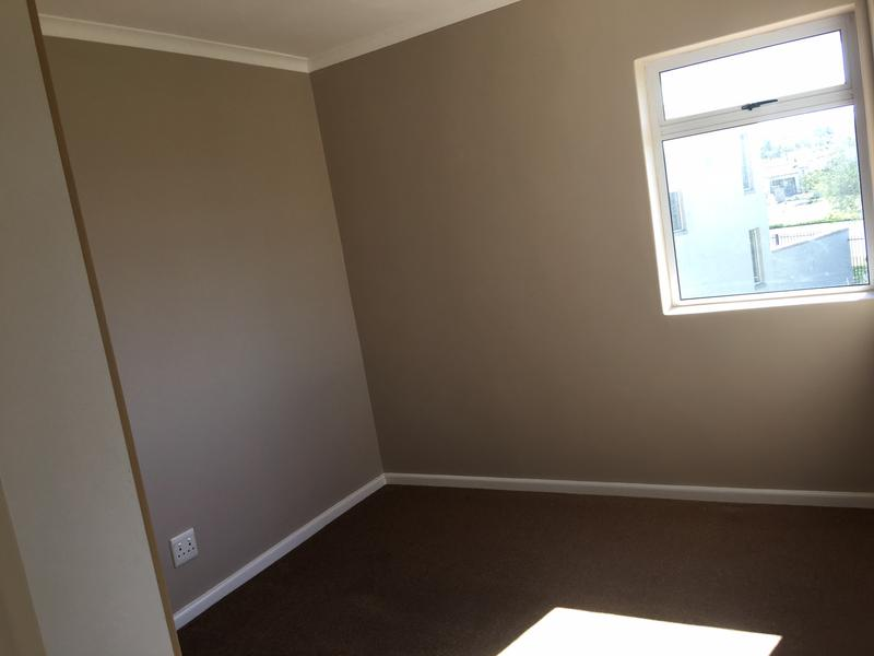 Property For Rent in Kleinbron Park, Cape Town 10