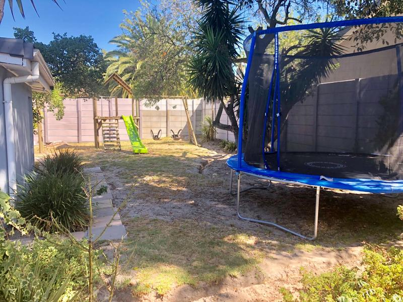 Property For Sale in Durbanville, Durbanville 13