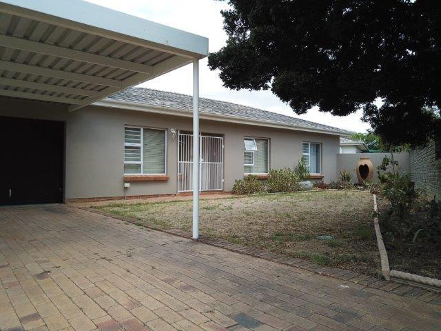 Property For Sale in Vredekloof, Brackenfell 14