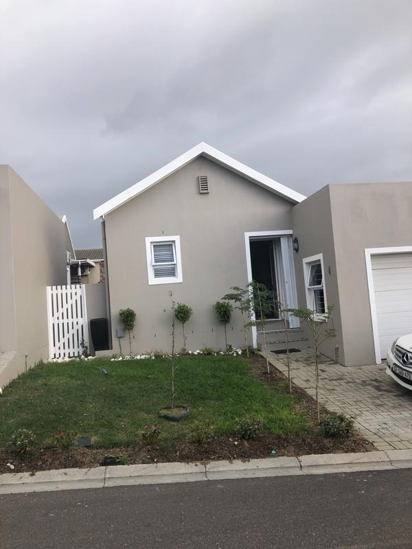 Property For Rent in Protea Village, Cape Town 4