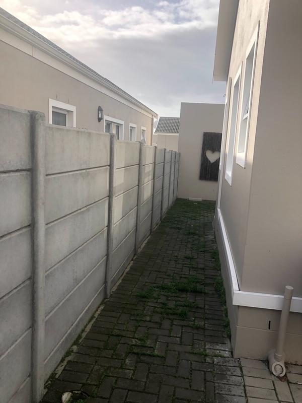 Property For Rent in Protea Village, Cape Town 25