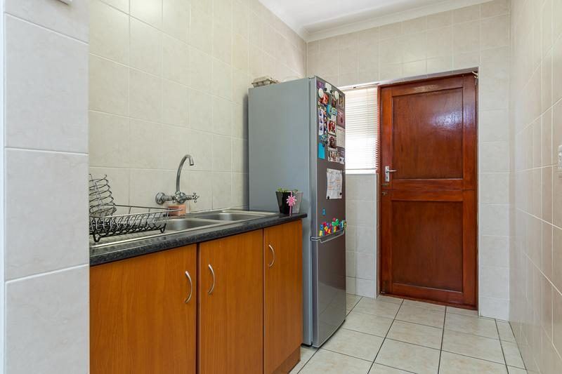 Property For Sale in Kleinbron Park, Cape Town 11
