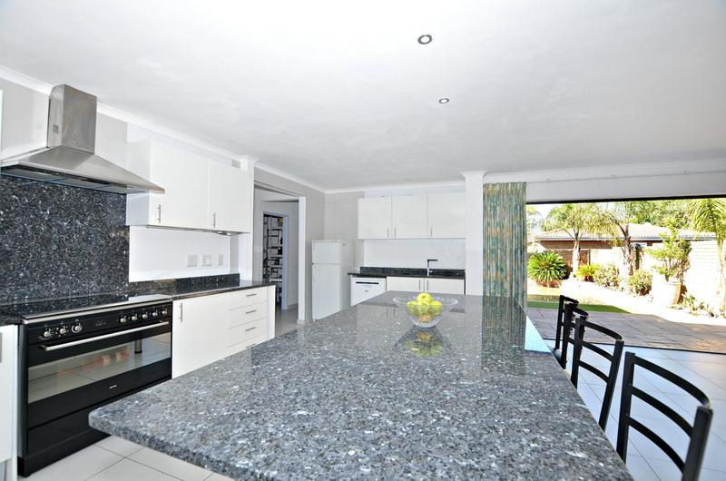 Property For Sale in Kleinbron Estate, Cape Town 6