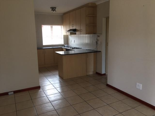 Property For Rent in Kleinbron Park, Cape Town 8