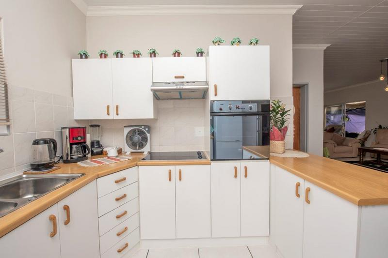 Property For Rent in Langeberg, Durbanville 9