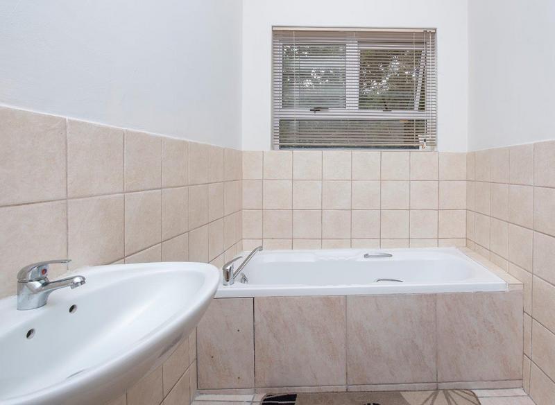 Property For Rent in Langeberg, Durbanville 16