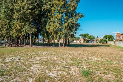 Property For Rent in Protea Heights, Brackenfell 15