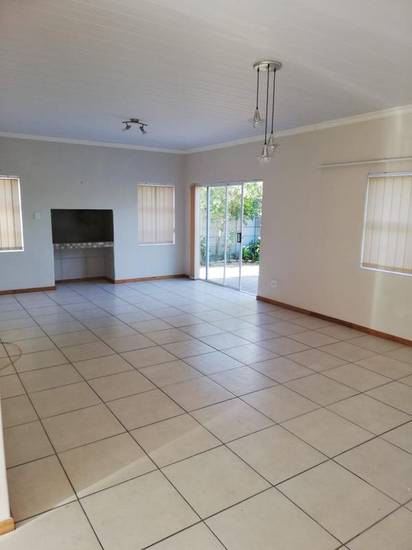 Property For Rent in Langeberg, Durbanville 4