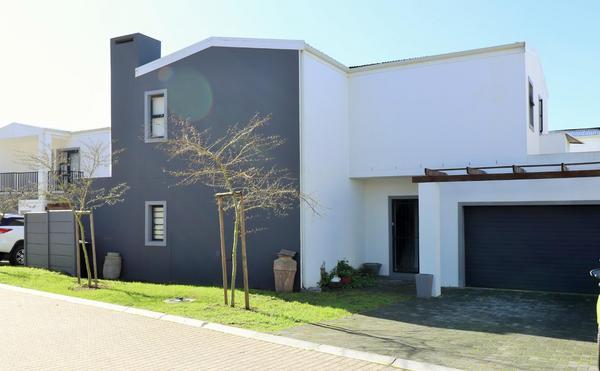 Property For Sale in Langeberg, Durbanville