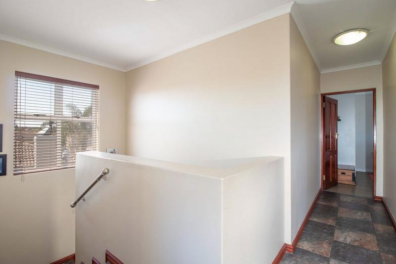 Property For Sale in Kleinbron Park, Cape Town 9