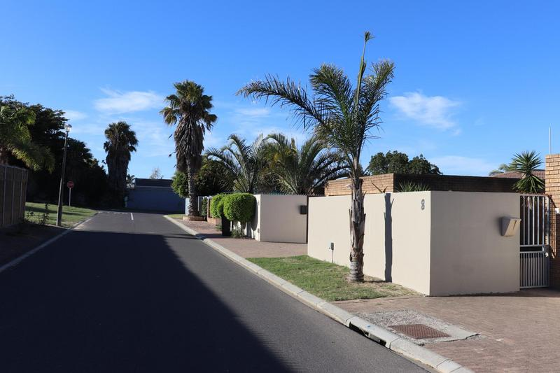 Property For Rent in Vredekloof Heights, Brackenfell 2