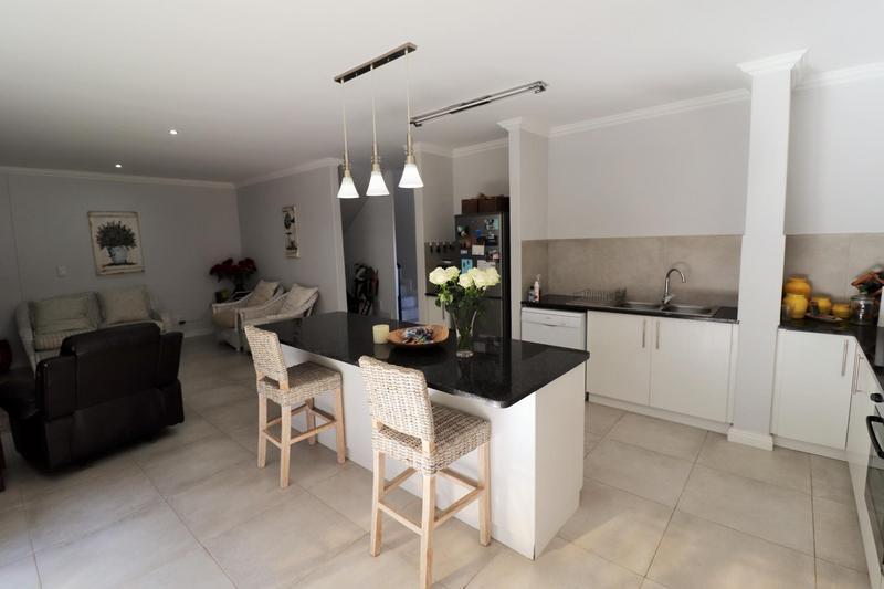 Property For Sale in Langeberg, Durbanville 4