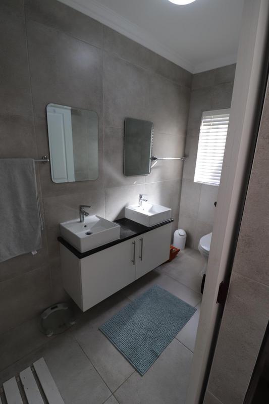 Property For Sale in Langeberg, Durbanville 11