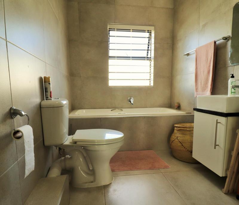 Property For Sale in Langeberg, Durbanville 18