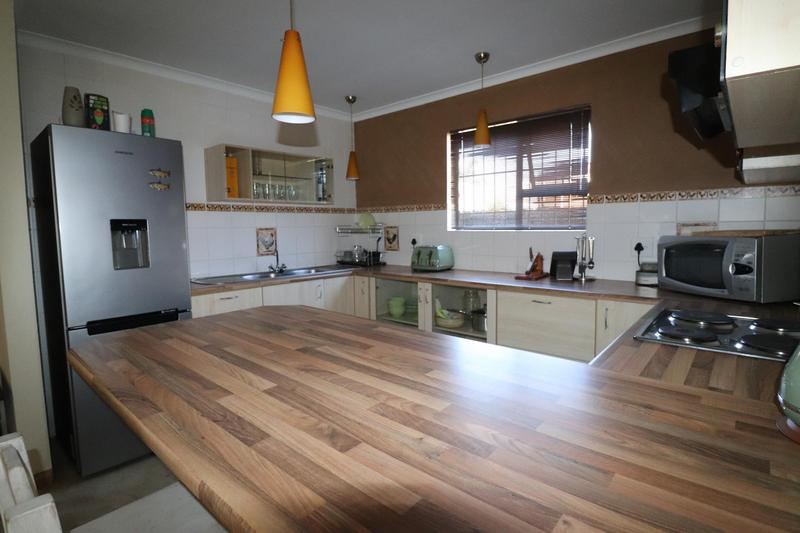 Property For Rent in Sonstraal Heights, Durbanville 8