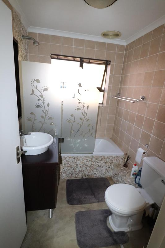 Property For Rent in Sonstraal Heights, Durbanville 16