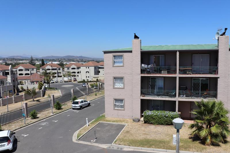 Property For Rent in Vredekloof East, Brackenfell 12