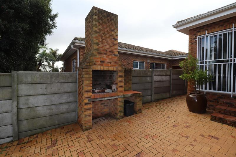 Property For Rent in The Crest, Durbanville 14