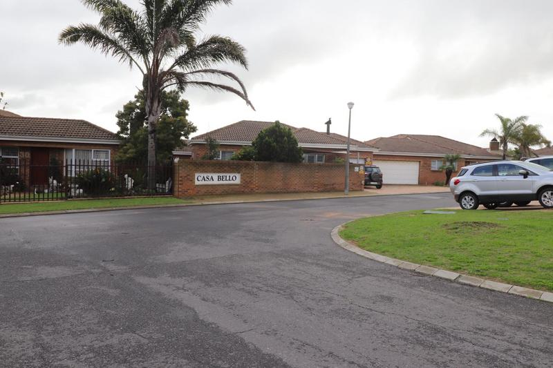 Property For Rent in The Crest, Durbanville 18