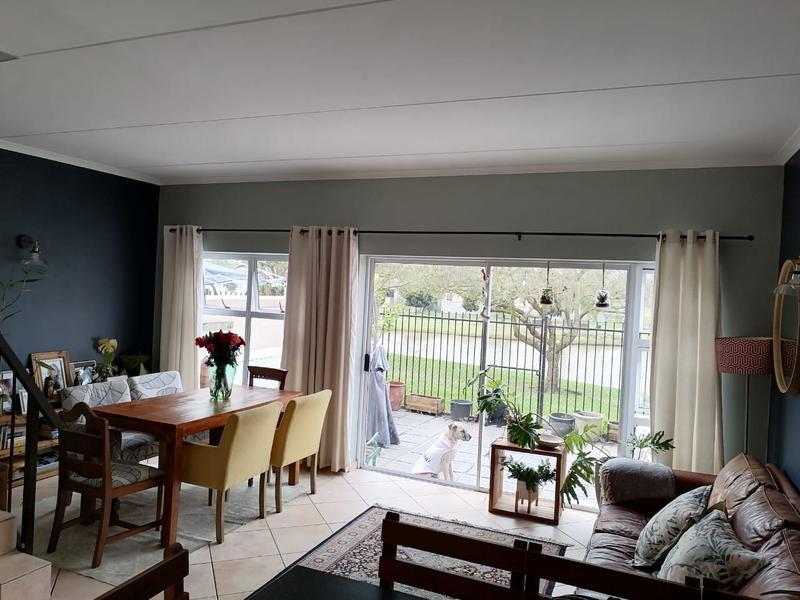 Duplex For Rent in Kleinbron Park, Cape Town