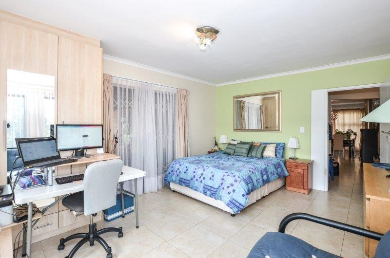 Property For Sale in Goedemoed, Durbanville 12