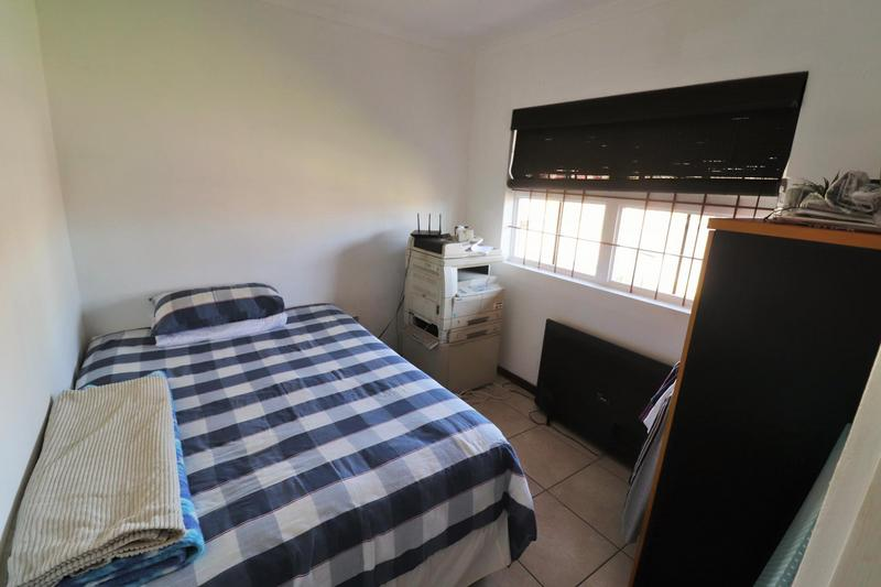 Property For Sale in The Crest, Durbanville 4