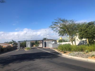 Apartment / Flat For Sale in Kleinbron Estate, Cape Town